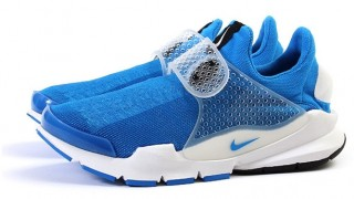 "2月26日発売予定 fragment design x NIKELAB sockdart ""photo blue"""