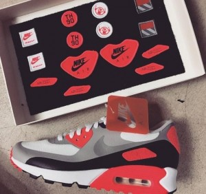NIKE AIR MAX 90 THREAD