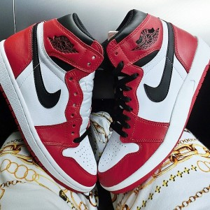 air-jordan-1_5-chicago-06