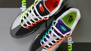"着用画像 Nike Air Max 95 OG QS ""Greedy″"