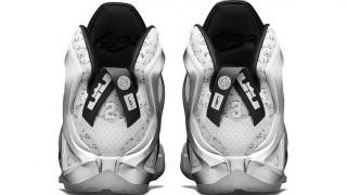 直リンク掲載 9月3日発売 Pigalle x NikeLab LeBron 12 Elite
