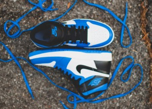 AIR JORDAN 1 HIGH THE RETURN_2015101602