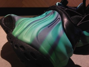 Nike-Air-Foamposite-One-Northern-Lights-3