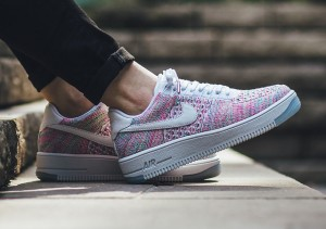 force-1-ultra-flyknit-low-multicolor-radiant-emerald-2
