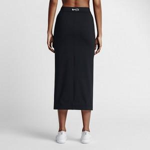 ナイキラボ-10-リカルド・ティッシ-トレーニングスカート
