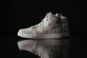 Nikr_Air_Jordan_1_KO_High_OG_Platinum_638471_004_Sneaker_Politics_Hypebeast_-9221