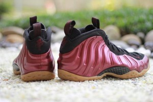 shoes-nike-air-foamposite-one-maroon-2016-314996-601-1_grande