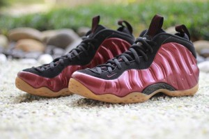 shoes-nike-air-foamposite-one-maroon-2016-314996-601-2_grande