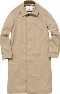 supreme_aquaacutum_custome-fit-waterproof-filey-raincoat01