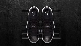 5月27日発売 Nike Air Jordan 11 Retro Low BLACK/WHITE(528895-010)